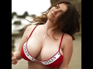 Сочная Sophie Dee (порно, секс, эротика, попка, booty, anal, анал, сиськи, boobs, brazzers)