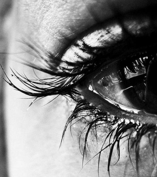 Картинки на аву грустные со слезами даче