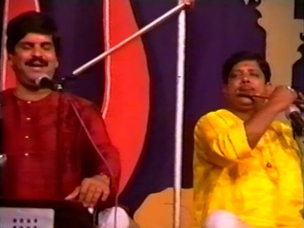 1995 1223 Evening Program Kishor Chaturvedi Ganapatipule India DP RAW