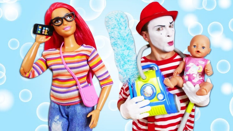 Video divertente con Clown le bambole Nenuco e Barbie Mettere in ordine la casa