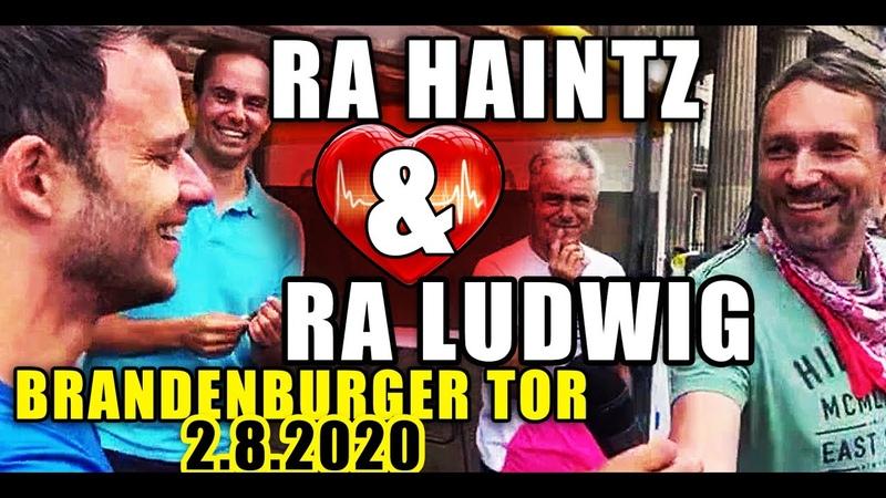 Haintz Ludwig ♥ Herzblut in Berlin ♥ 2 8 20 Brandenburger Tor HeldenUnsererZeit