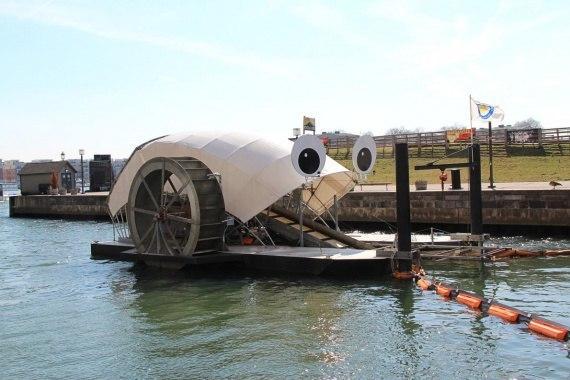 Пожиратель плавающего мусора в Балтиморе сожрал 1 млн тонн мусора