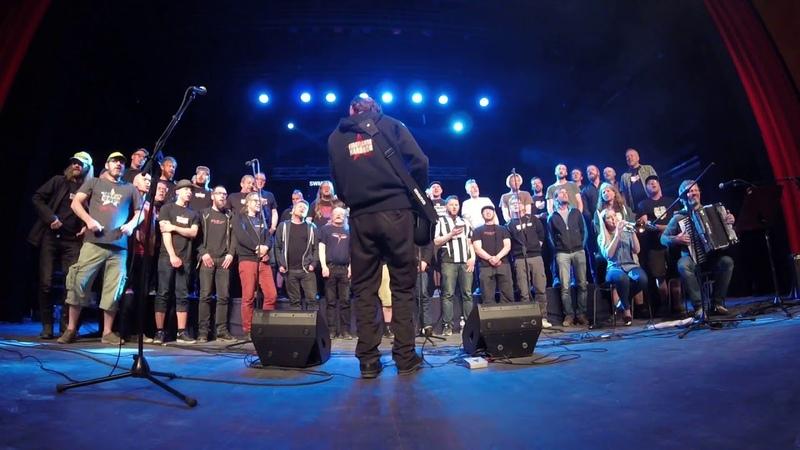 Norwegian choir Svartlamon hardkor performing Za Beograd in serbian