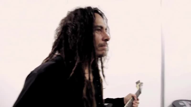 Korn performs Sepulturas Roots Bloody Roots with Andreas Kiss