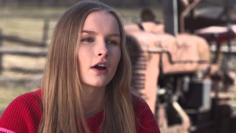 The Visit Olivia DeJonge Becca Behind the Scenes Movie Interview