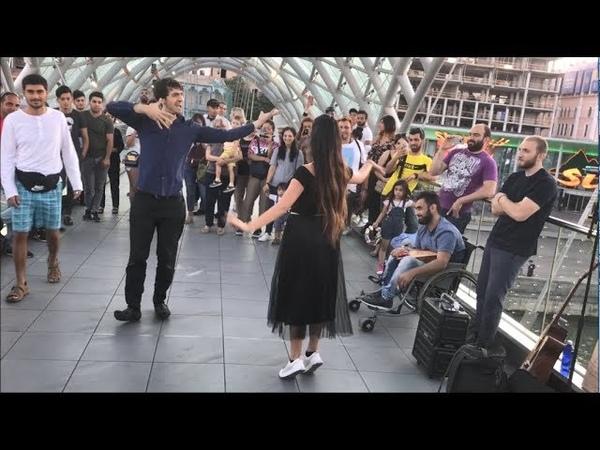 Девушка Танцует На Мосту Мира В Тбилиси С Парнями 2019 Лезгинка Мой Нанак ALISHKA FATO ABDULLA ELVIN