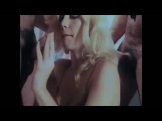 Порно Фильм - Moana La Scandalosa 1988 Restored с Rocco Siffredi