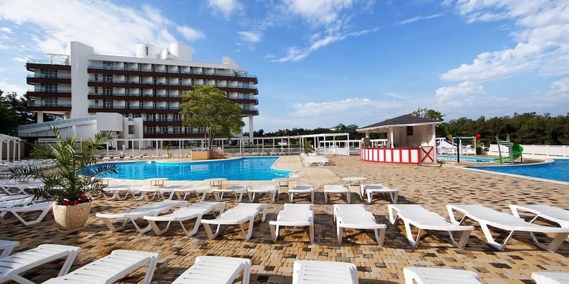 Отельная жемчужина Геленджика — Alean Family Resort & SPA Biarritz 4*, изображение №7