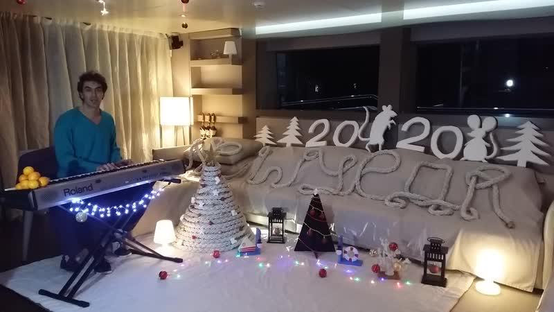 Новогодний Юра!  Новогоднее поздравление Юрия Юрьевича Чернова!  Лучшего Юрича страны и ближнего зарубежья!