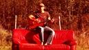 L'homme au canape rouge
