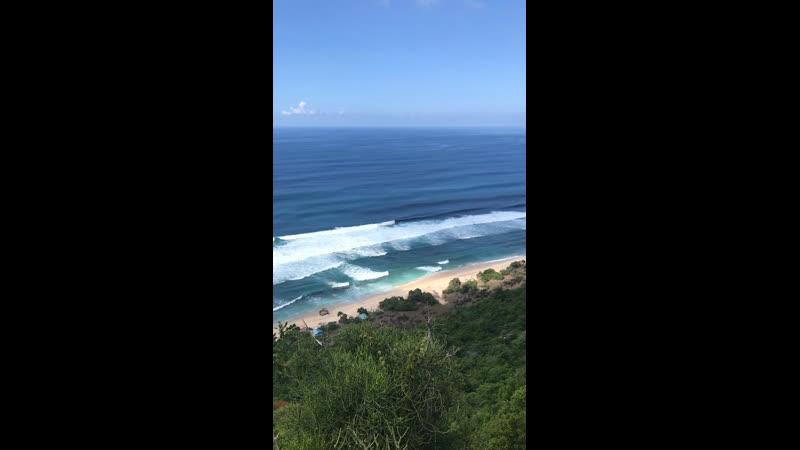 Пляж Melasti райское место