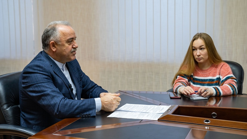 Официально об ухтинском НПЗ. Брифинг мэра Магомеда Османова, изображение №7