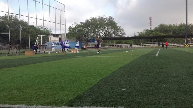 Maickel Romero Preparador de Porteros trabajo de velocidad de reacción Metropolitanos FC