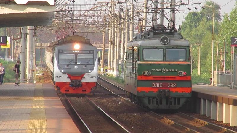 Электровоз ВЛ10 292 электропоезд ЭД4М 0475 ЦППК платформа Кокошкино 22 06 2019