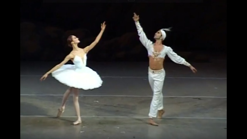 Ulyana Lopatkina Nikolai Tsiskaridze Pas de Deux from the ballet La Bayadere 2007
