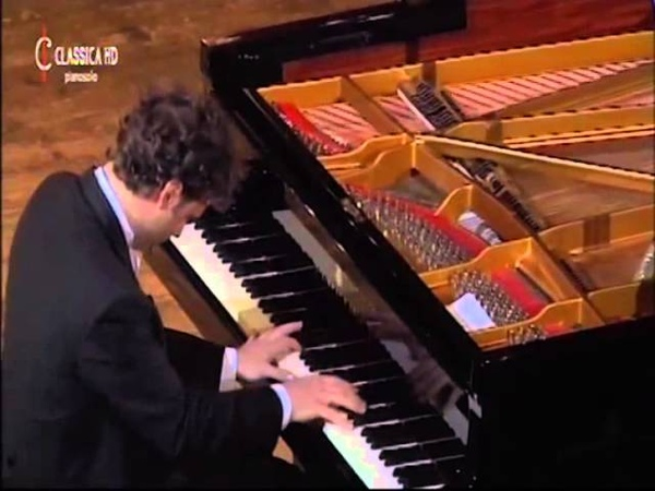 Giuseppe Albanese plays Debussy - Suite bergamasque: Prélude