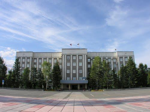 Муниципалитеты Хакасии просят депутатов не принимать отчёт губернатора