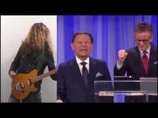 На эмоциональную речь проповедника наложили трек в стиле heavy metal