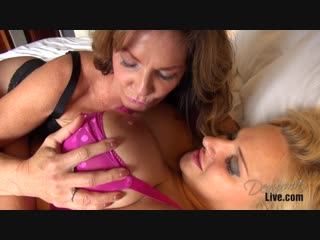 Deauxma  Dolly Fox - Strapon With Dolly Fox