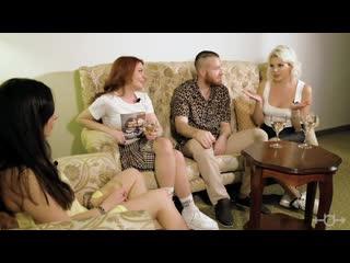Порнозвезда Ally Breelsen про оргазм на съёмках, сквирт, эскорт