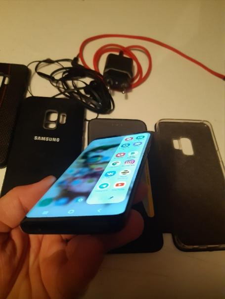 Samsung Galaxy S9 SD845 64 ГБ