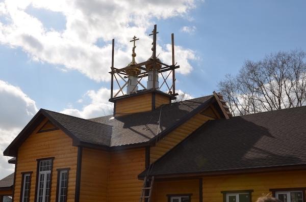 В последний день марта на савеловской часовне засияли купола