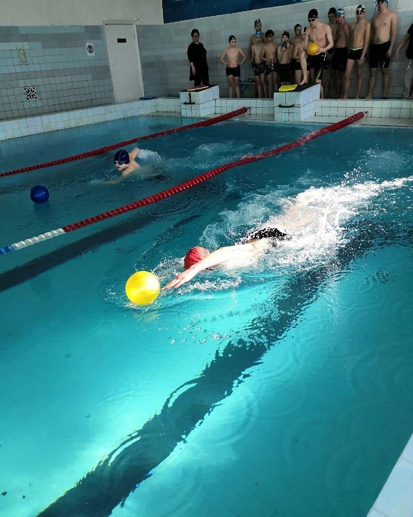 В бассейне «Дельфин» состоялся спортивный праздник