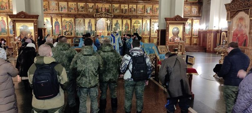 Мироточивая икона Богородицы Семистрельной в Магнитогорске, изображение №2