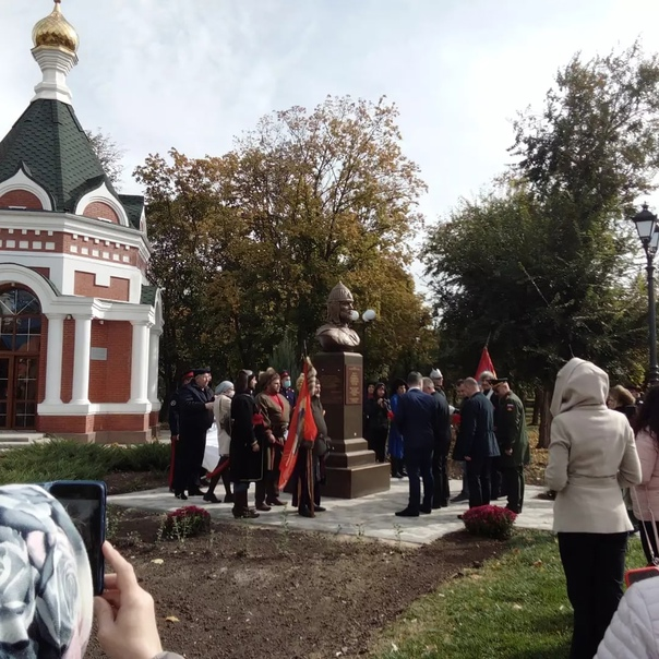 Сегодня состоялось открытие памятника Александру Невскому...