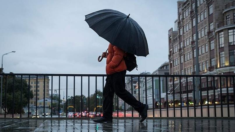 В Москве на время нерабочих дней закрываются общепит и непродовольственные магазины