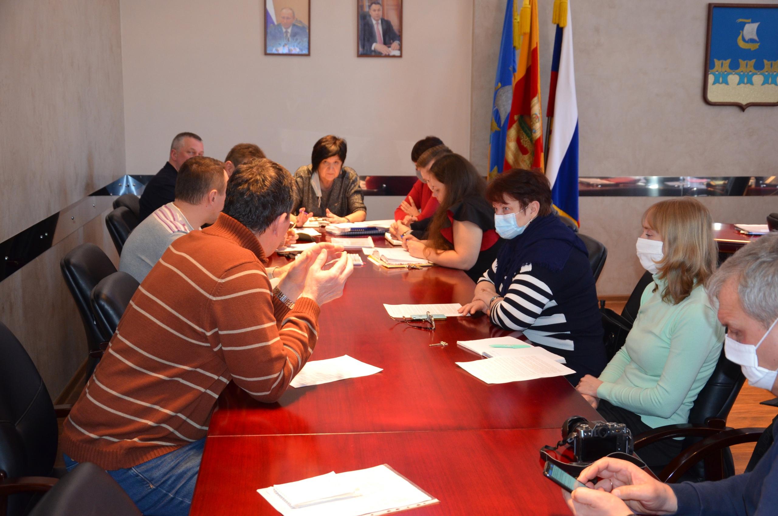 В администрации прошло совещание по выбору проектов по ремонту дорог и дворовых территорий