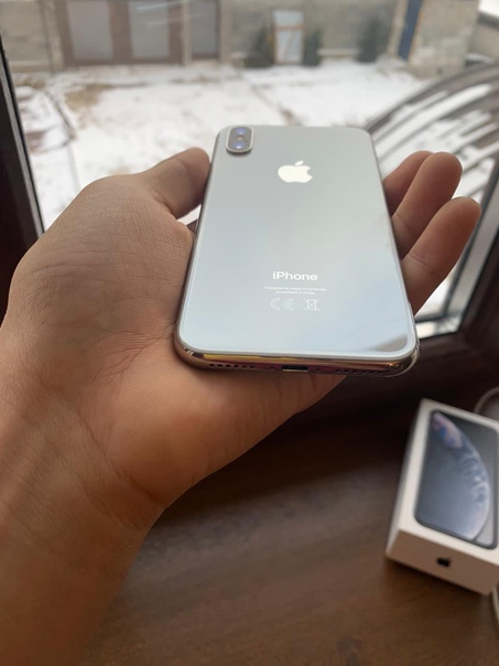 Apple iPhone X 64 ГБ