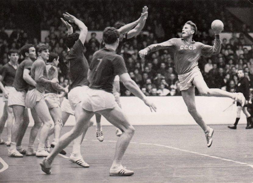 Капитан сборной СССР Георгий Лебедев на ЧМ-1964