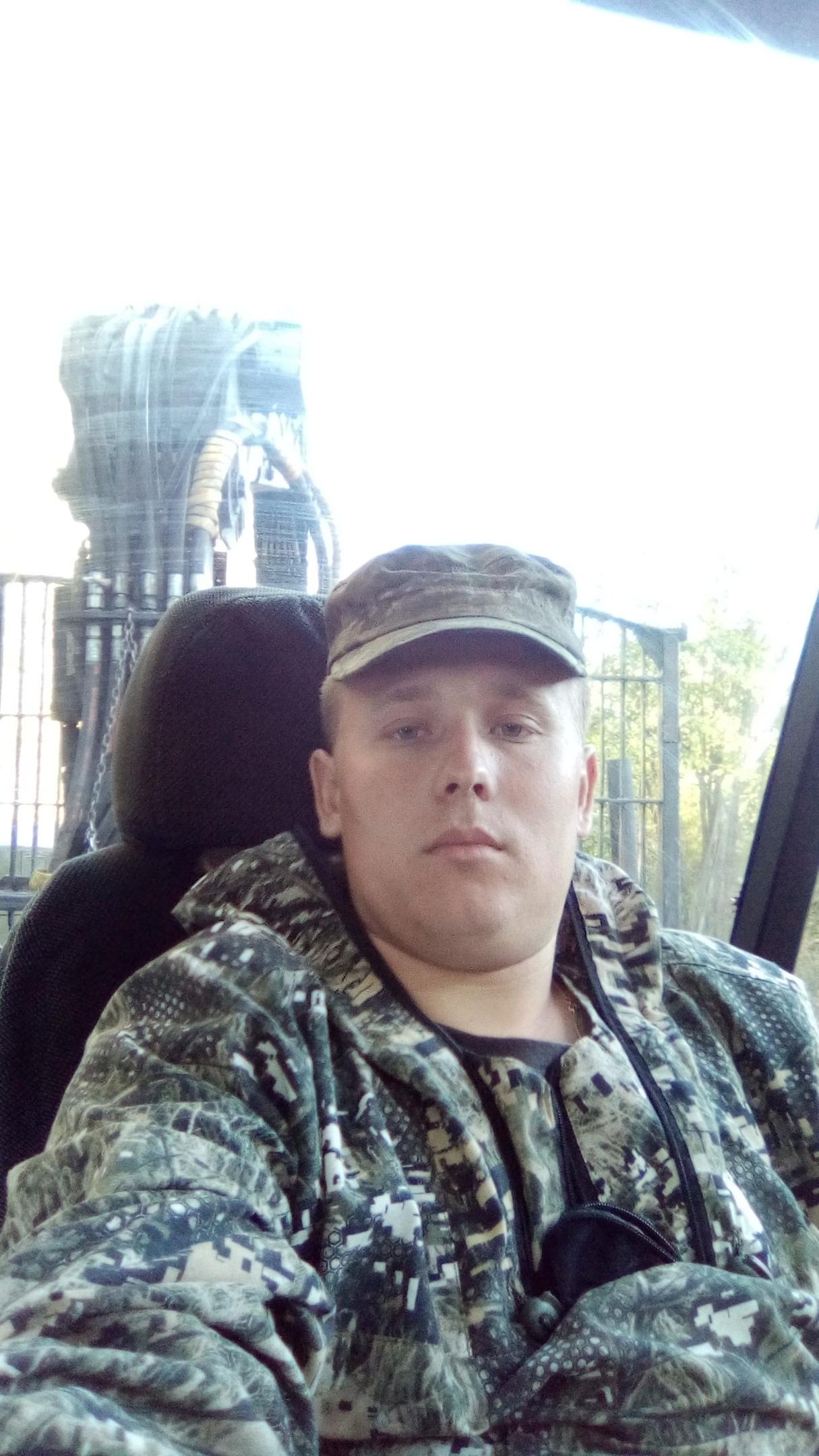 Денис, 24, Georgiyevskoye