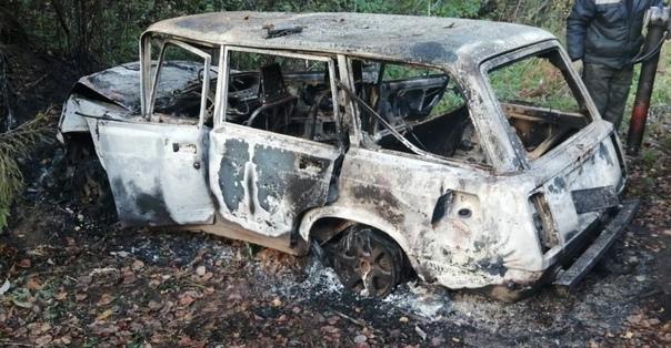 19-летний житель Окуловки угнал автомобиль и поджё...
