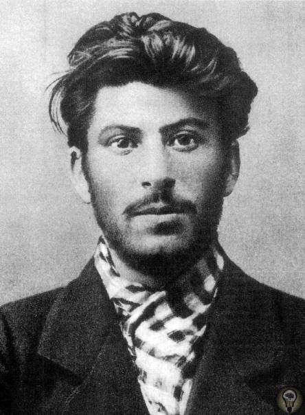 Туруханская ссылка Сталина Иосиф Сталин, занимавшийся в молодости подпольной деятельностью, много лет провёл в заключении. Арест революционера В начале 1913 года в столицу Российской империи из