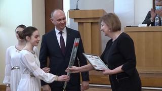 """""""Человек года-2020"""" в области """"Образование и наука"""" Светлана Борчук"""