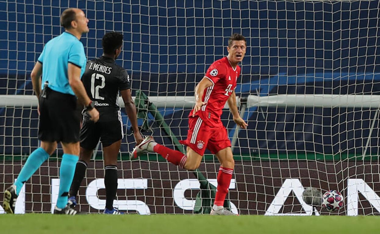 Лион - Бавария, 0:3. Арбитр Матео Лаос