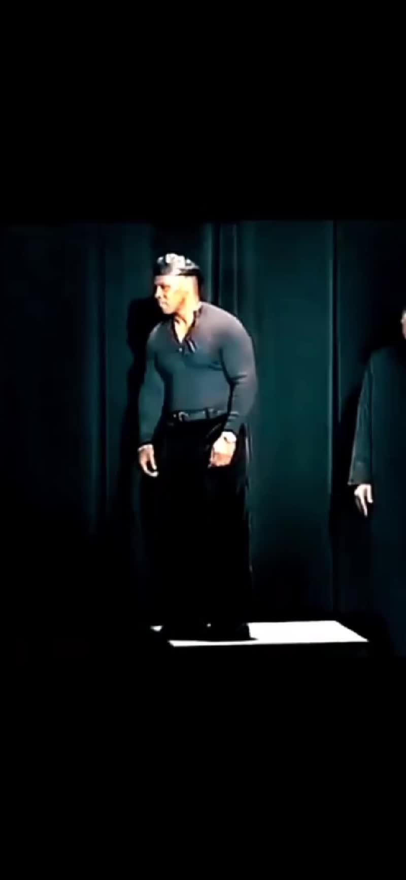 Тяжёлый нокаут от Леннокса Льюиса против Майка Тайсона