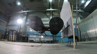 Циклодрон. Полеты с причаливанием к вертикальной поверхности и посадкой на наклонную поверхность